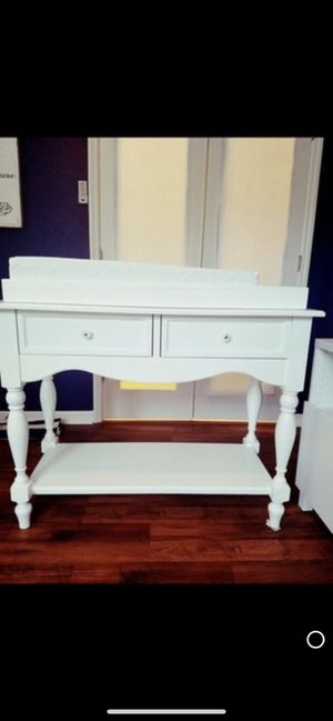 Pottery barn changing table for Sale in Fort Myers, FL