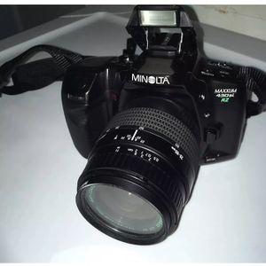 Vintage Minolta Maxxum 430si RZ Camera W/ 28-80MM Lens for Sale in Philadelphia, PA