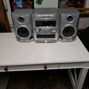 Philips 3 cd changer, dual caset, am/for radio. for Sale in Sloan, NV
