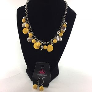 Jewelry- Paparazzi Accessories: Necklace for Sale in Dublin, GA