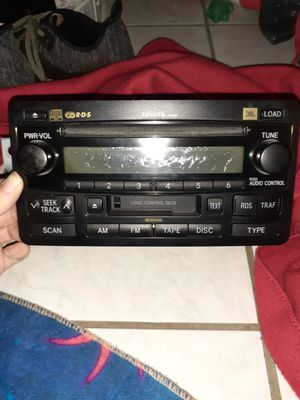 2004 Toyota Car Stereo for Sale in Cocoa, FL