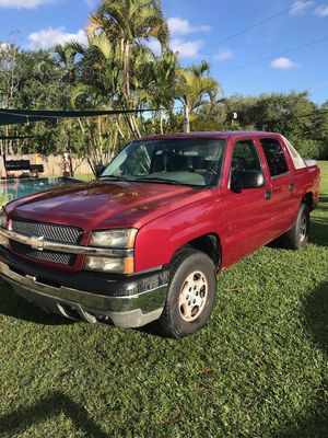 2004 Chevrolet Avalanche for Sale in Homestead, FL