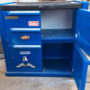 Kids tool chest dresser/storage for Sale in San Bernardino, CA