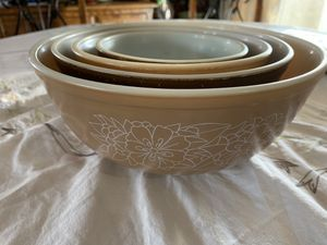 Pyrex Vintage 401 Woodland set of 4 for Sale in Irwindale, CA