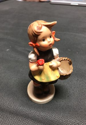 "Goebel Hummel ""sister"" collectible statue for Sale in Henderson, NV"