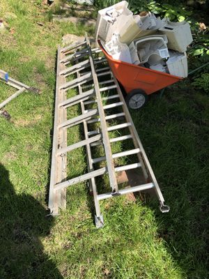 2, 16 foot Ladders for Sale in Lincoln, NE