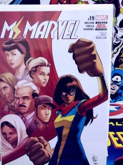 MS. MARVEL #19 MARVEL COMICS NM for Sale in Yakima,  WA