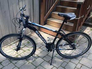 700c Schwinn Men's road bike for Sale in Fairfax, VA