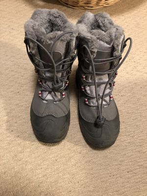 Price reduced to only $39! Columbia winter / snow boots Omni heat 200 grams Women's size 5 - ONLY worn twice! for Sale in Rochester, NY