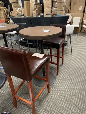 Modern cherry barstools and bar table set for Sale in Alexandria, VA