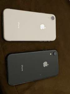 2 UNLOCKED IPHONE XR 64GB for Sale in Washington, DC