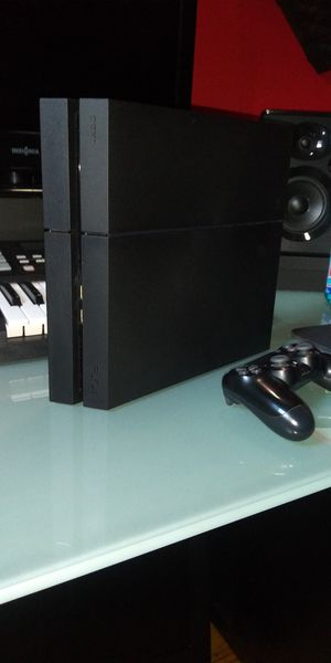 Ps4 for Sale in Fall River, MA
