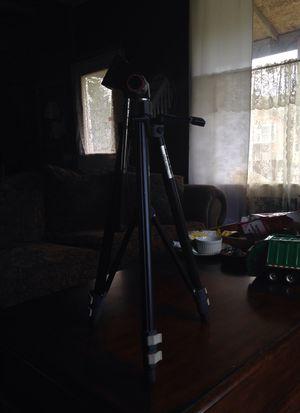Slick camera tri-pod for Sale in Hoquiam, WA