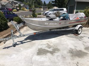 Aluminum Fishing Boat (Trailer & 2 Electric Motors included) for Sale in Vancouver, WA