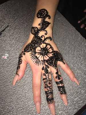 HENNA for Sale in Grand Terrace, CA