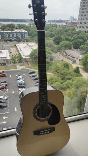 Rogue RA-090 acoustic guitar for Sale in Detroit, MI