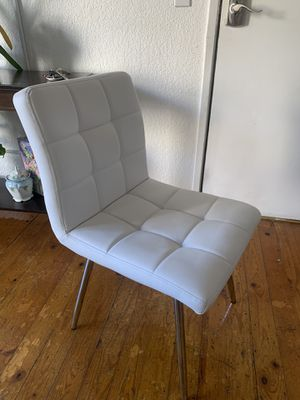 White cushioned chair for Sale in Los Angeles, CA