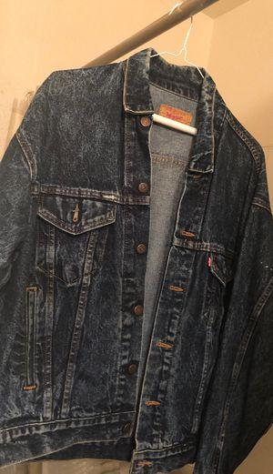 Levis denim jacket size medium for Sale in Las Vegas, NV