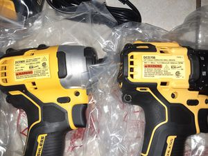 Dewalt 1/2 in drill driver with 1/4in impact for Sale in Chester, PA