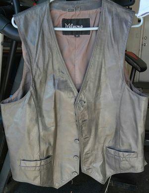Genuine leather vest for Sale in Selma, CA