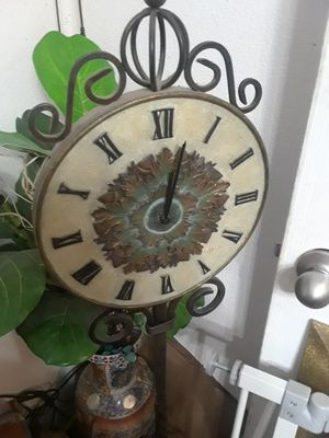 Steel Working floor Clock $25.00 cash only ( serious buyers) for Sale in Dallas, TX