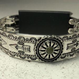Paparazzi Jewelry - Southern Borders Green Bracelet for Sale in San Antonio, TX