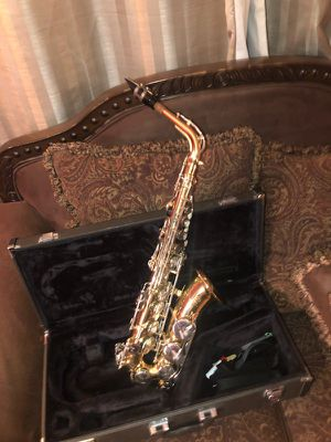 Yamaha Alto Saxophone YAS-26 for Sale in Ellenwood, GA