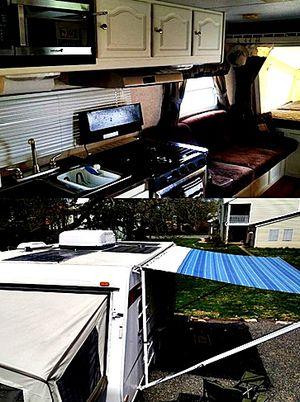 19ft. hybrid camper Rockwood ROO Forest River 09 for Sale in Santa Ana, CA