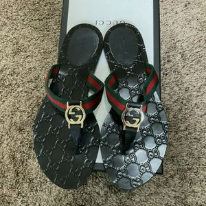 Black GUCCI shoes *New w/Box for Sale in Mountlake Terrace, WA