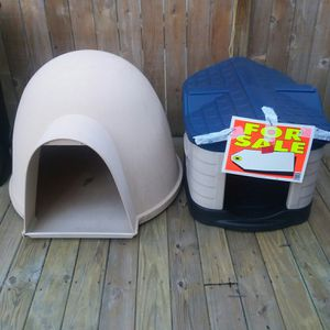 Dogloo and Pet Zone dog houses for Sale in Bloomington, IL