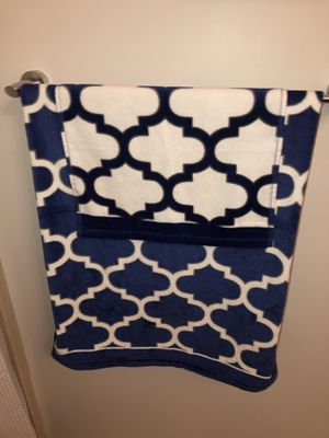 Towel set for Sale in Sunny Isles Beach, FL