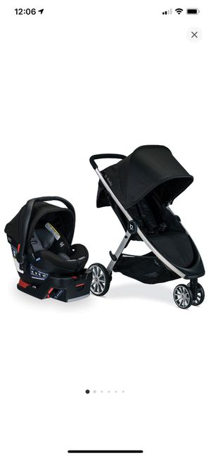 Britax B-Lively and B-Safe Ultra Travel System - Noir for Sale in Concord, CA