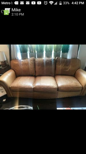 King Hickory 3 seater couch. for Sale in Washington, DC