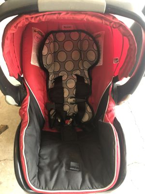Britax B-safe infant car seat & 2 bases for Sale in Longwood, FL
