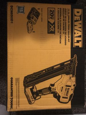 Dewalt 15g angled finishing nail gun for Sale in Fort Worth, TX