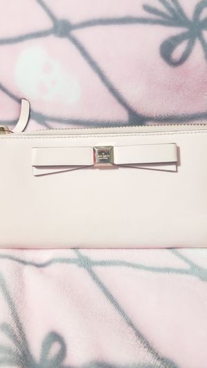 Kate Spade wallet for Sale in Georgetown, TX