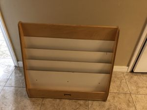 Book shelf for Sale in Lehigh Acres, FL