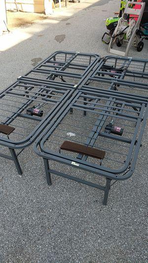 New queen electric adjustable platform bed frame for Sale in Broken Arrow, OK