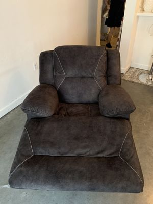 Reclinable for Sale in Miami, FL