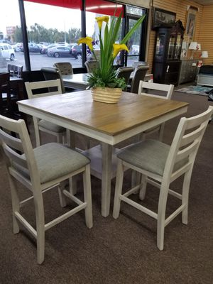 5 pc dining table for Sale in Fresno, CA