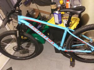 Mens 2019 Pitch Specialized for Sale in Lakewood, CO