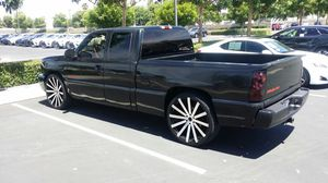 2005 chevy Silverado SS for Sale in Hesperia, CA