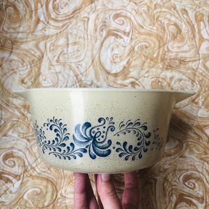Pyrex 1.5L dish bowl for Sale in San Diego, CA
