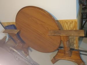 Oak kitchen table, center leaf and 6 chairs for Sale in Clinton Township, MI