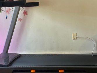 Nordic Track Treadmill for Sale in Woodbridge Township,  NJ