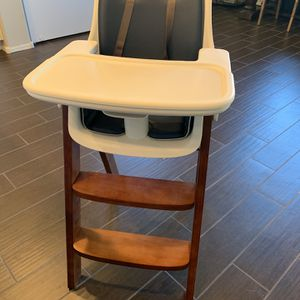 Oxo High Chair for Sale in Phoenix, AZ