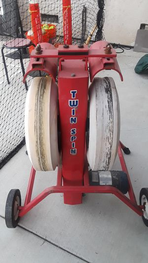 Twin spin hitting machine for Sale in Rosemead, CA