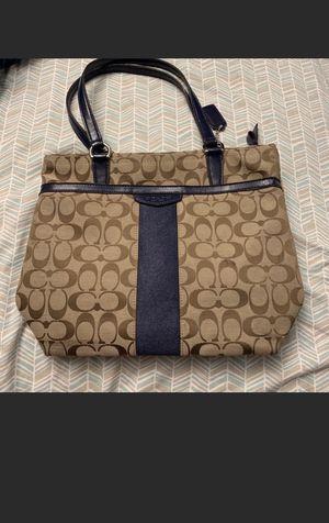 Coach handbag 100% original for Sale in Silver Spring, MD
