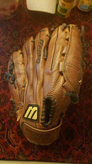 "Mizuno MFR-1303T 13"" Baseball Softball Glove Right Hand Throw for Sale in Phoenix, AZ"