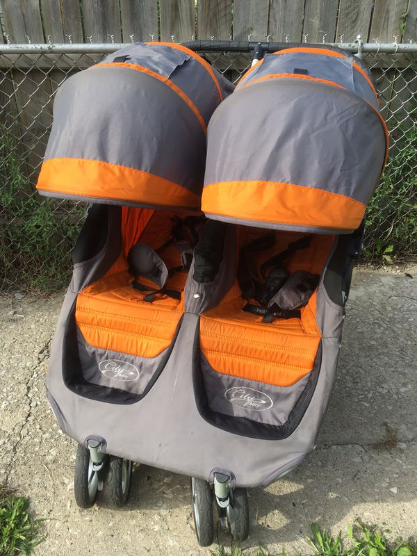 City mini double stroller clean works great